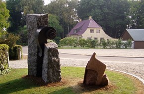 Thorvald Aagaard-monument 2005